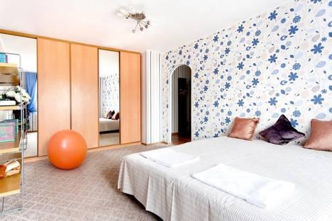 Сдается 1-комнатная квартира посуточнов Екатеринбурге, ул. Куйбышева, 48к4.