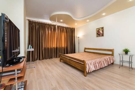 Сдается 1-комнатная квартира посуточно, Чистопольская ул., 64.