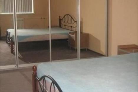 Сдается 3-комнатная квартира посуточно в Белокурихе, ул. Братьев Ждановых, 13.