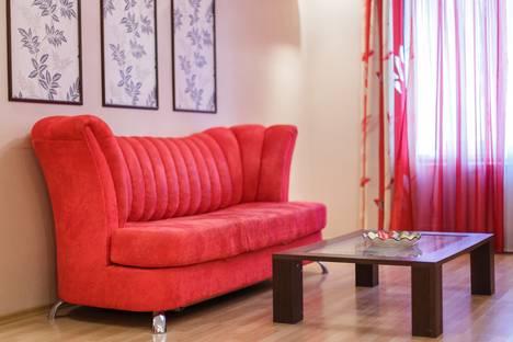 Сдается 2-комнатная квартира посуточно в Казани, Чистопольская ул., 74.