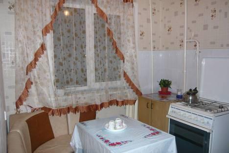 Сдается 2-комнатная квартира посуточнов Кургане, ул. Пушкина, 53.