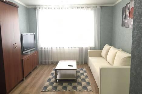 Сдается 1-комнатная квартира посуточно в Магнитогорске, ул.Сталеваров,17.