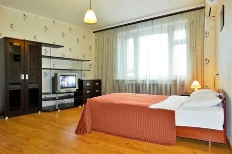 Сдается 1-комнатная квартира посуточно в Туле, Красноармейский проспект, дом 1.