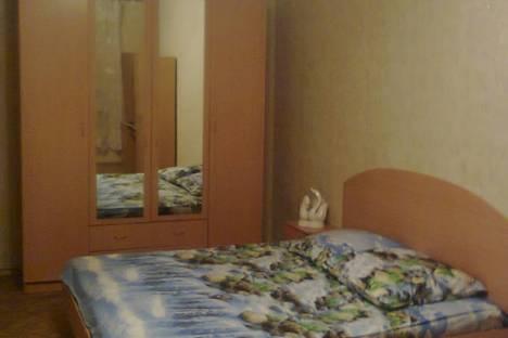 Сдается 1-комнатная квартира посуточнов Чебоксарах, Пр. М. Горького, 5 кор. 2.