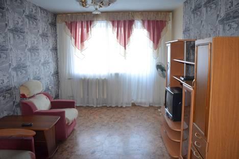 Сдается 2-комнатная квартира посуточно в Новокузнецке, пр.Октяборьский 64.
