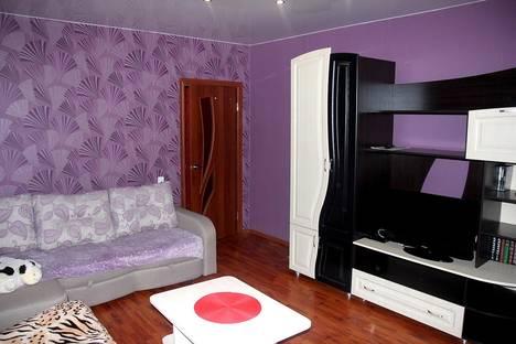 Сдается 2-комнатная квартира посуточнов Великих Луках, пр.Ленина 44.