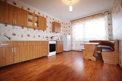 Сдается 2-комнатная квартира посуточно в Магнитогорске, проспект Карла Маркса, дом 159.
