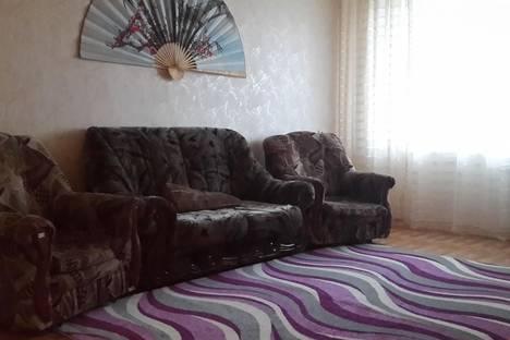 Сдается 3-комнатная квартира посуточно в Набережных Челнах, ул. Раскольникова, 17.
