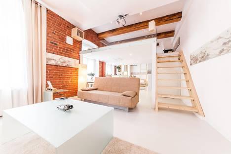Сдается 1-комнатная квартира посуточнов Москве, Гусятников переулок, д. 4 стр. 3.