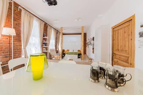 Сдается 1-комнатная квартира посуточнов Ивантеевке, Гусятников переулок, д. 4, стр. 3.