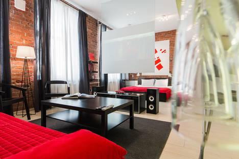 Сдается 1-комнатная квартира посуточно в Москве, Гусятников переулок, д. 4, стр. 3.