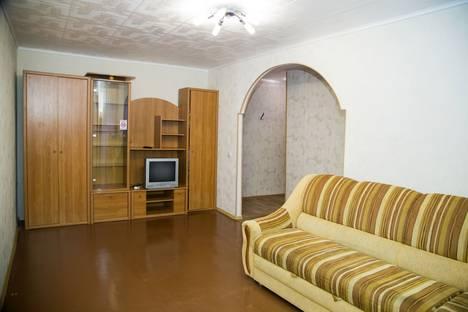 Сдается 2-комнатная квартира посуточно в Красноярске, проспект имени Газеты Красноярский Рабочий, 68а.