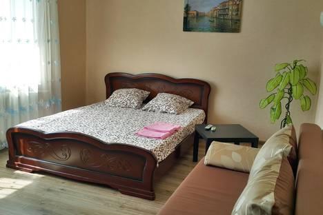 Сдается 1-комнатная квартира посуточно в Симферополе, Куйбышева, 62.