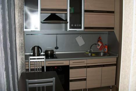 Сдается 1-комнатная квартира посуточно в Лесосибирске, 5 микрорайон, дом 6.