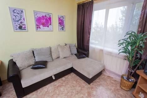 Сдается 2-комнатная квартира посуточнов Новокуйбышевске, Ново-Садовая, 30.