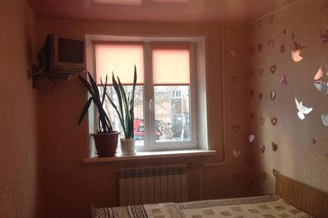 Сдается 2-комнатная квартира посуточно в Нефтеюганске, 3мкр 3 дом.