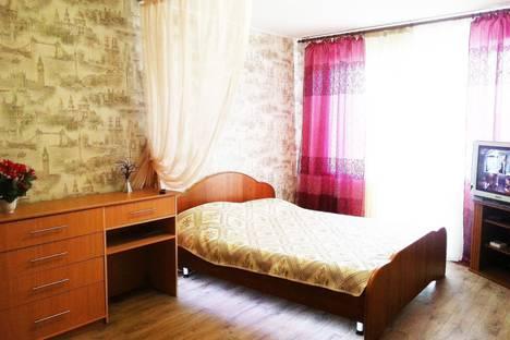 Сдается 1-комнатная квартира посуточно в Магнитогорске, ул. Завенягина, 6/2.