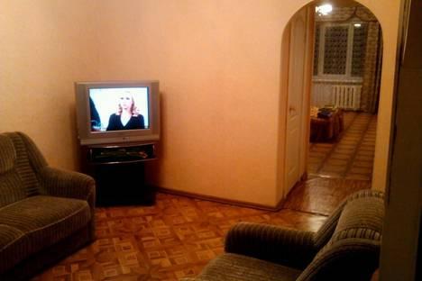 Сдается 2-комнатная квартира посуточно в Ачинске, 1 микрорайон д 50.
