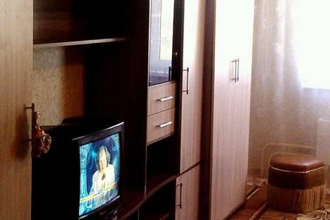 Сдается 2-комнатная квартира посуточнов Ачинске, 1 микрорайон д 50 а.