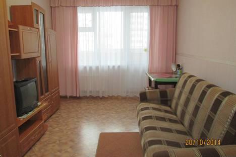 Сдается 1-комнатная квартира посуточнов Кирове, Чистопрудненская ул., 1к1.
