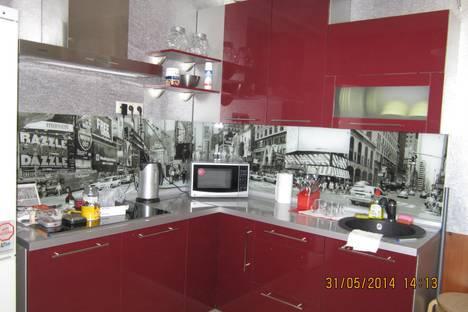 Сдается 2-комнатная квартира посуточно в Люберцах, проспект Гагарина, 5/5.