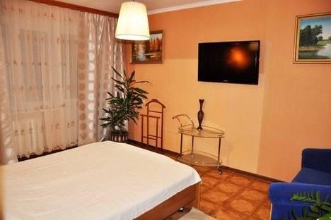 Сдается 2-комнатная квартира посуточно в Нижнекамске, Химиков 95.