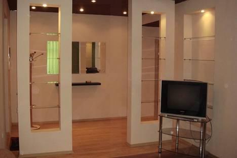 Сдается 2-комнатная квартира посуточно в Брянске, пр.Ленина 9.