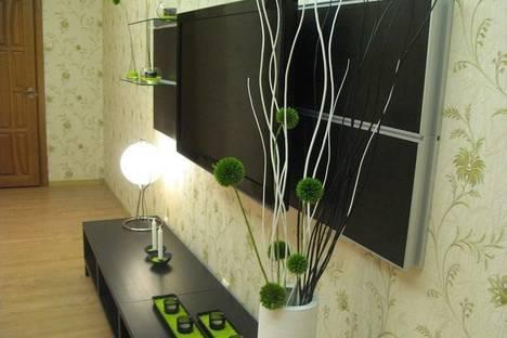 Сдается 3-комнатная квартира посуточнов Санкт-Петербурге, Малый пр. В.О,13.