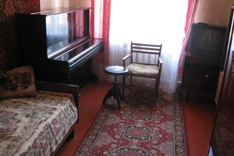 Сдается 2-комнатная квартира посуточно, ул. Павловского, 85.