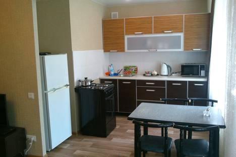 Сдается 2-комнатная квартира посуточно в Железногорске, ул. Кирова, 8.