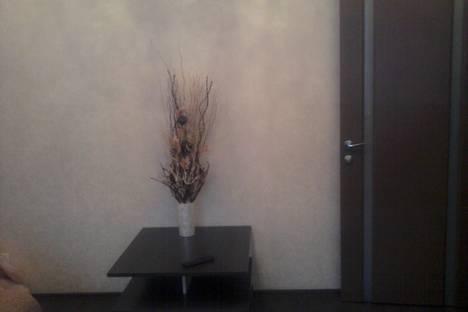 Сдается 2-комнатная квартира посуточно в Железногорске, ул. Октябрьская, 33.