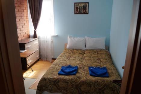 Сдается комната посуточнов Гатчине, п. Пригородный , Центральная 25.