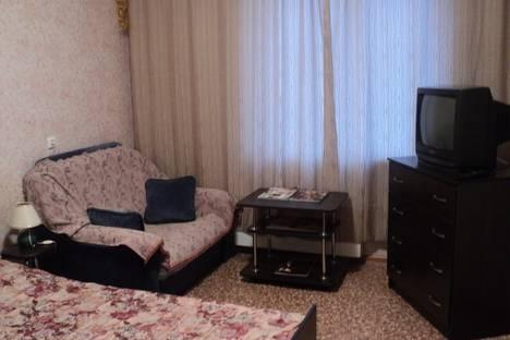 Сдается 1-комнатная квартира посуточнов Волжском Утёсе, ул. Спортивная, 6.