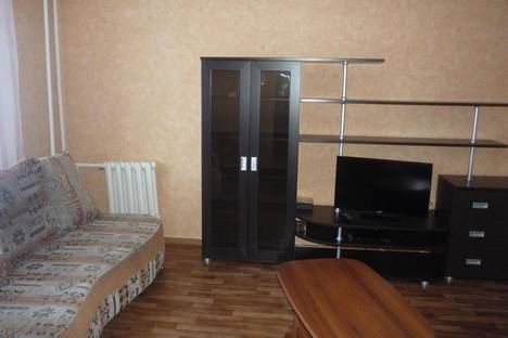 Сдается 2-комнатная квартира посуточнов Прокопьевске, 10 микрорайон, 6.