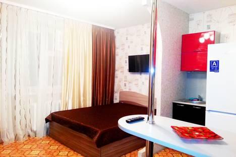 Сдается 1-комнатная квартира посуточно в Тобольске, 7 микрорайон,45.