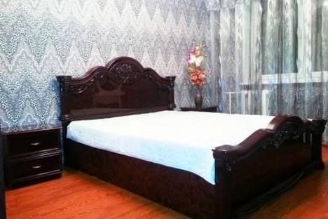 Сдается 3-комнатная квартира посуточнов Тобольске, 9 микрорайон,19А.