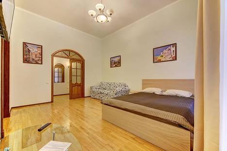 Сдается 2-комнатная квартира посуточнов Санкт-Петербурге, Невский проспект, 65 (М3).
