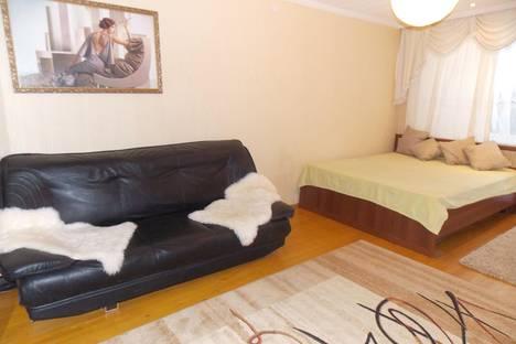 Сдается 1-комнатная квартира посуточнов Тюмени, ул. Республики, 92.