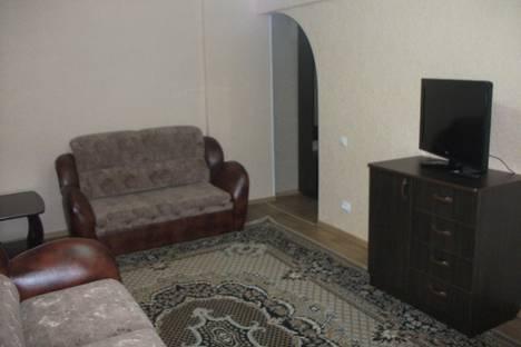 Сдается 1-комнатная квартира посуточно в Ачинске, ул. Декабристов, 23.