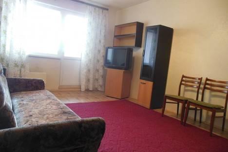 Сдается 1-комнатная квартира посуточнов Екатеринбурге, ул. Чекистов, 7.