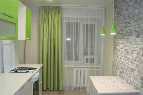 Сдается 2-комнатная квартира посуточно в Йошкар-Оле, Зарубина, 57.