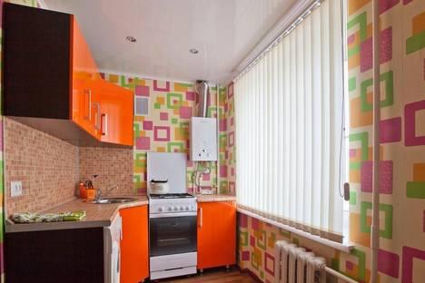 Сдается 1-комнатная квартира посуточно в Каменск-Шахтинском, ул. Героев Пионеров, 71б.