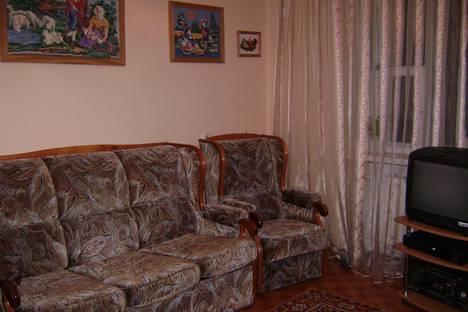 Сдается 2-комнатная квартира посуточно в Борисове, Труда,96а.