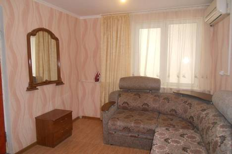Сдается 2-комнатная квартира посуточно в Сочи, ул. Пионерская, 47.