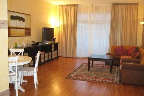 Сдается 2-комнатная квартира посуточнов Зеленой поляне, пос.Зеленая Поляна, ул .Солнечная, 32.