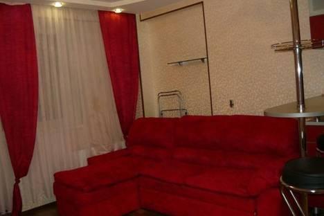 Сдается 1-комнатная квартира посуточнов Кирове, ул. Сурикова д. 52.