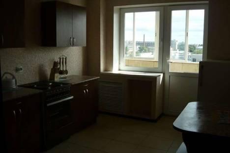 Сдается 1-комнатная квартира посуточнов Кирове, ул. Московская д. 83.