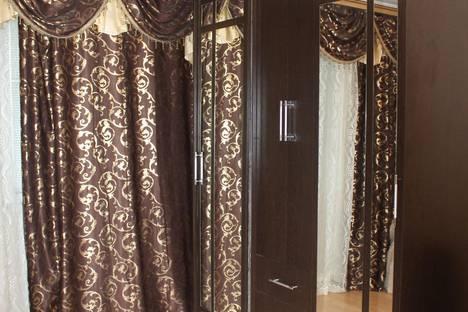 Сдается 2-комнатная квартира посуточно в Твери, проспект Чайковского, 100.