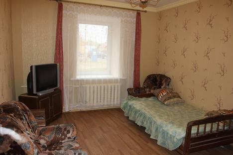 Сдается 3-комнатная квартира посуточнов Великих Луках, ул. Холмская, 7.