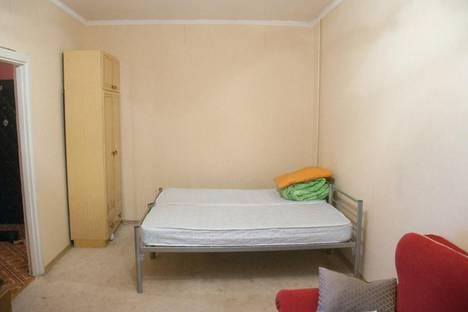 Сдается 1-комнатная квартира посуточно в Кировске, Олимпийская 83.